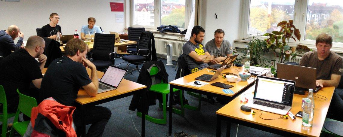 Das TYPO3-Server- und typo3.org-Team zu Gast bei punkt.de